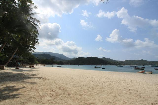 Tong Nai Pan beachfront land for sale