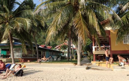 Beachfront bungalow resort Haad Rin Nai for rent