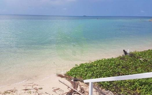 Amazing location Koh Phangan seafront resort for sale - BJD (1)
